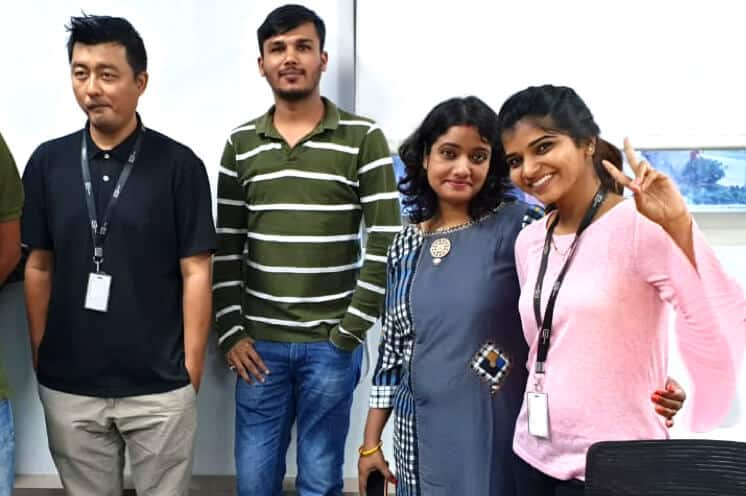 Picture of Silverline staff in the India office.